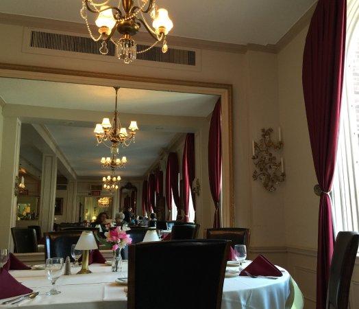 Stillwater, MN: dining room