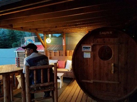 Sitzmark Chalet Inn: 20160917_201819_large.jpg