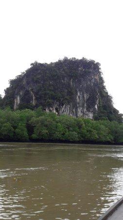 Ao Luek, Tailândia: ถ้ำผีหัวโต มีภาพสีเขียนที่ผนังถ้ำ อายุหลายพันปี การเดินทาง มีทั้งเรือหางยาวให้เช่า หรือจะพายเรือ