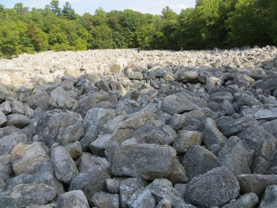 Kempton, Pensilvania: More River of Rocks