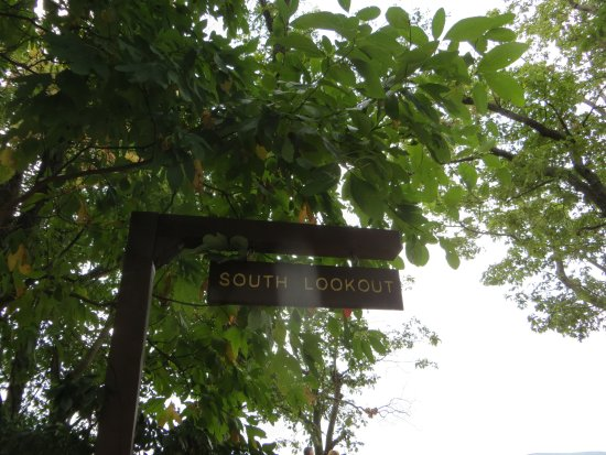 Kempton, PA: South Lookout sign