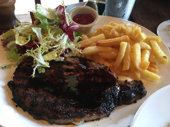 Absinthe Brasserie & Bar: Steak with fries; salad; baked mac and cheese; mushrooms