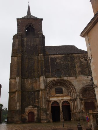 Avallon, France: Church Saint Lazare
