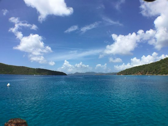 Road Town, Tortola: Second snorkeling stop of the day and our lunch location. Gorgeous.