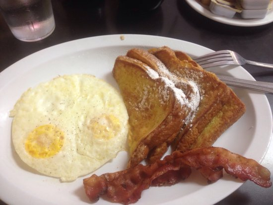 Pahrump, NV: 2 eggs over medium, French toast and bacon