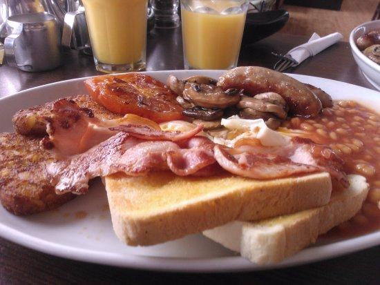 Тинмут, UK: Bumper breakfast
