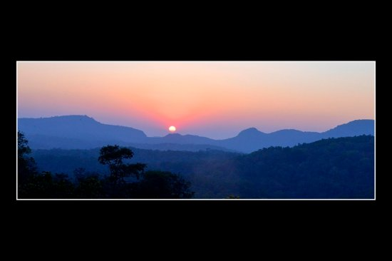 Beautiful Sunrise in Pachmarhi, giving a glimpse of its natural beauty