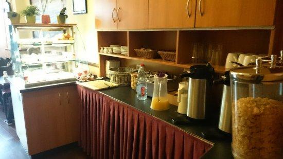 """Altan Hotel: Das """"Frühstücksbuffet"""""""