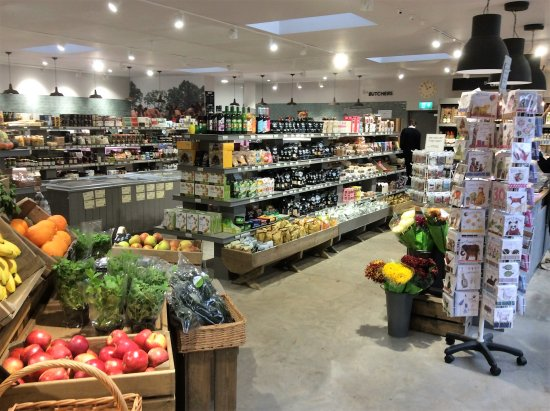 Cranbrook, UK: Our well stocked farm shop