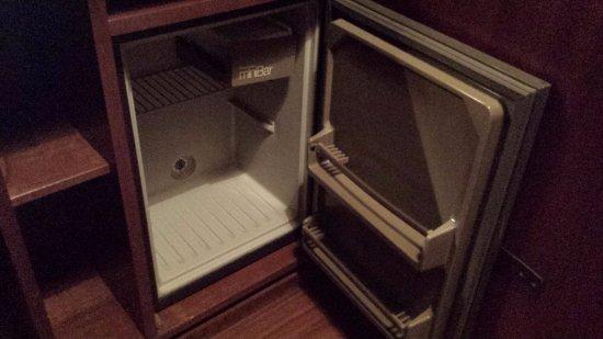 Hotel Moenig: Minibar...pour ceux qui n'ont pas soif.