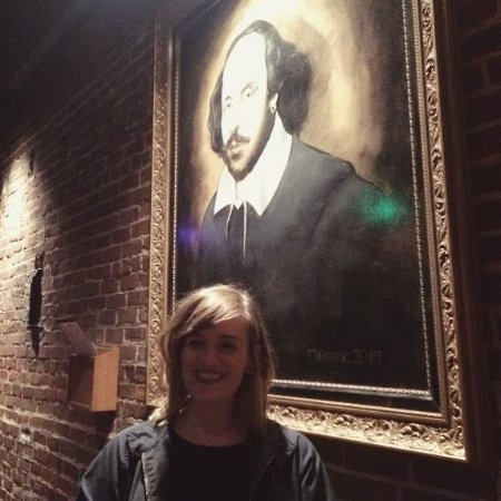 The Shakespeare Tavern Playhouse: I took a picture with Willie Shakes. That's pretty rad.