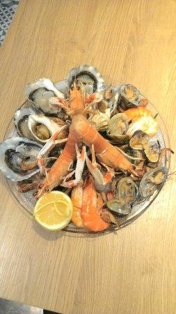 Le Creusot, Francja: Nouveauté le plateau de fruits de mer
