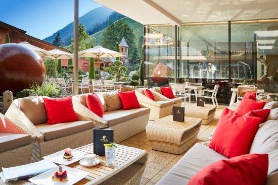 Hotel Quelle Nature Spa Resort: Hotelterrasse