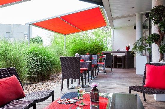 Kyriad Prestige Strasbourg Nord - Schiltigheim : Terrasse