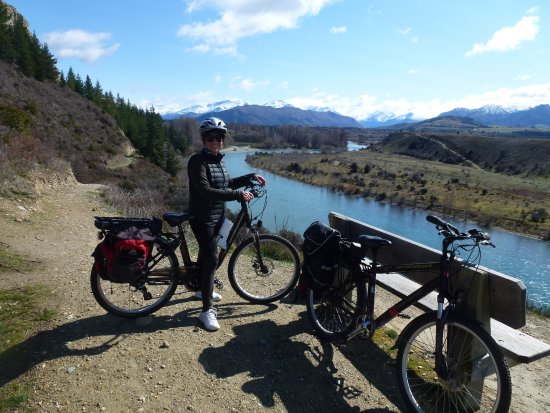 Solar Cycles: E-cycling from Wanaka to Luggate alongside the Clutha River.