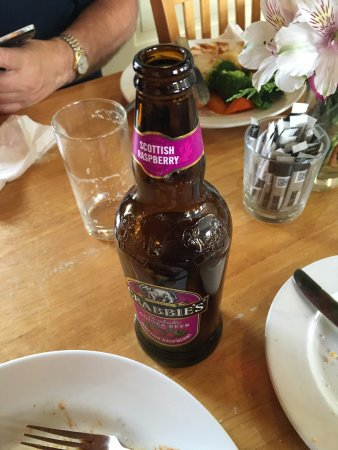 Evanton, UK: Alcoholic Ginger beer and a clean plate