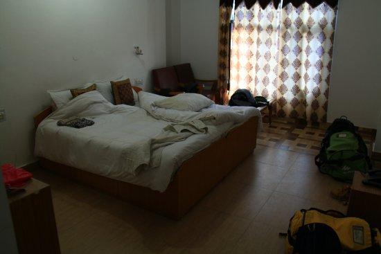 Hotel Dzojila: Room 301