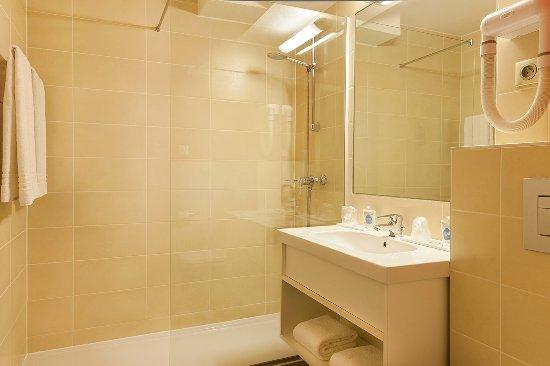 Lingolsheim, Prancis: salle de bain