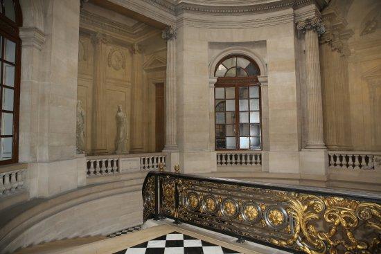 París, Francia: PARIS. Palais Royal. Le Conseil d'Etat. Grand escalier d'honneur.