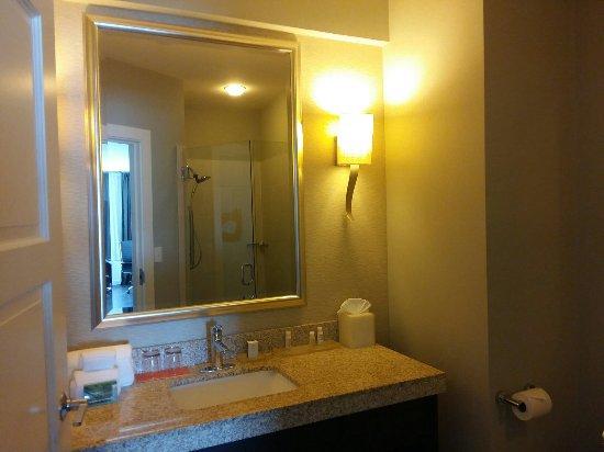 20160725 004910 picture of hotel indigo waco. Black Bedroom Furniture Sets. Home Design Ideas