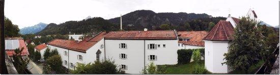 Hotel Frühlingsgarten: Come, see for yourself ..
