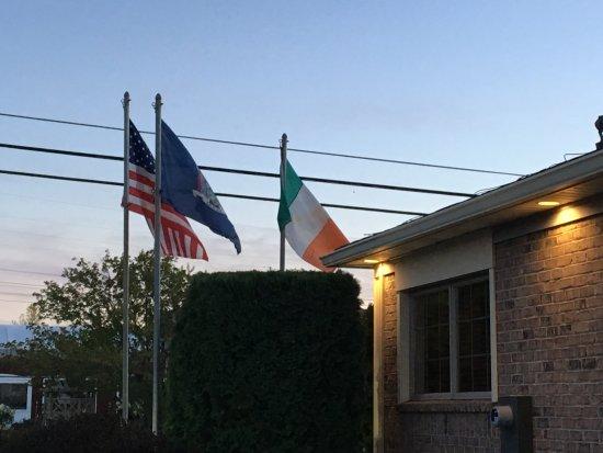 Macedon, NY: Flaherty's (Flag's) - the three flags!