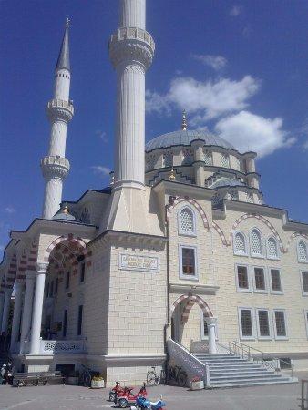 Xhamia e Zallit 2
