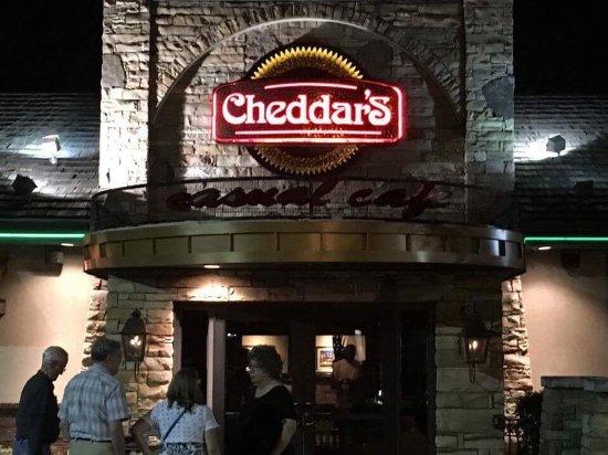 Cheddar's Scratch Kitchen: photo0.jpg
