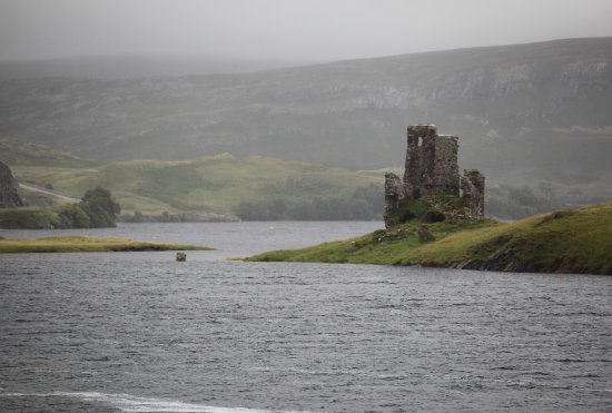 Assynt, UK: Ardvreck Castle & Calda house