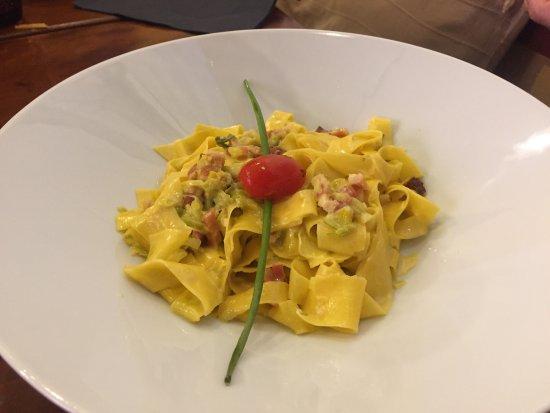 Super, alles frisch, echte italienische Küche zu guten Preisen. Toll ...