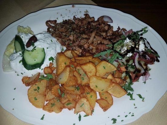 Restaurant Mythos Fisch und Lamm: Gyros vom Schwein