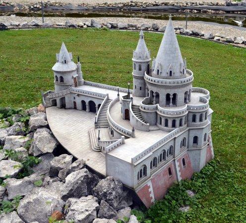 The World of Miniatures : Rybářská bašta Budapešť
