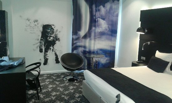 Comfort Hotel Centre Del Mon: Habitación NASA