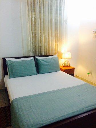 Colombo Lavinia Beach Hostel