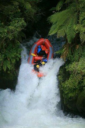 Okere Falls, نيوزيلندا: Prepare to hit water