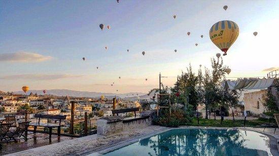 Kelebek Special Cave Hotel Sabahları Sizi Böyle Bir Manzara Karşılıyor