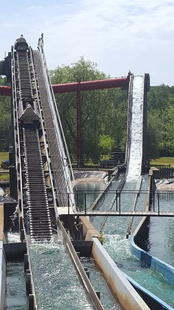 Upper Clements Parks: Fun on the flume ride