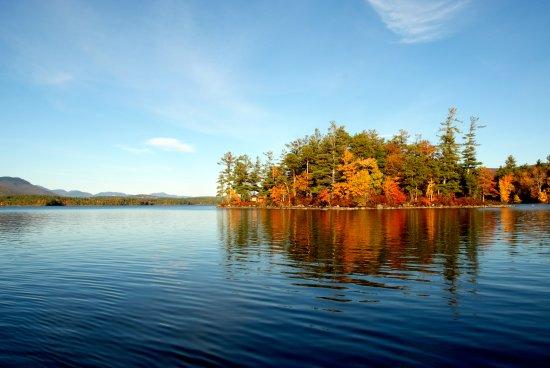 Holderness, NH: Fall Foliage