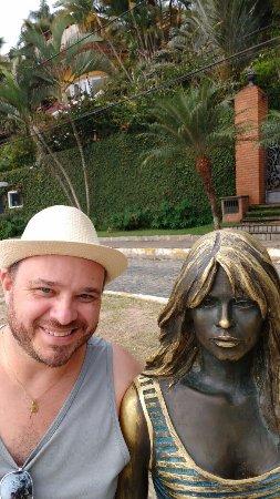 Buzios, RJ: Estátua de Brigite Bardot