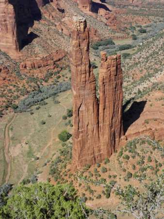 Canyon de Chelly National Monument: spider rock