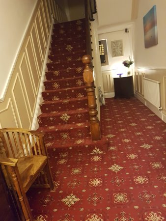 Karden House Hotel: Hallway entrance