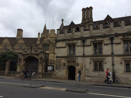Magdalen College Accommodation: photo1.jpg