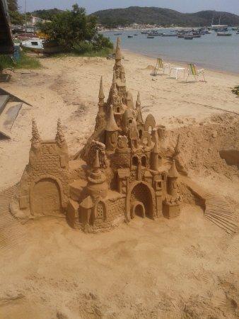Búzios, RJ: Escultura de areia