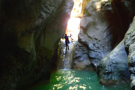 Boltana, Spanien: petit saut