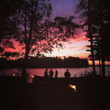 Port Carling, Kanada: Point at Sunset