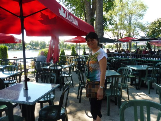 Sainte-Anne-de-Bellevue, Canada : The terras