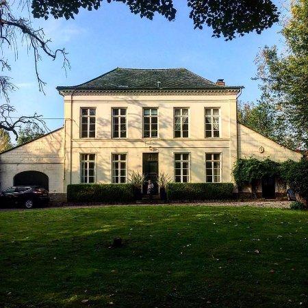 Maison de Plumes Picture