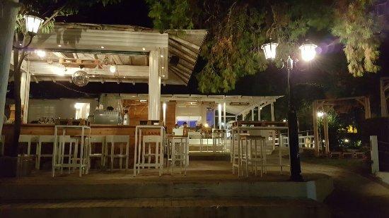 Ватера, Греция: 20160906_232953_large.jpg
