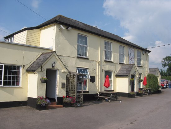 Cullompton, UK: The Halfway House