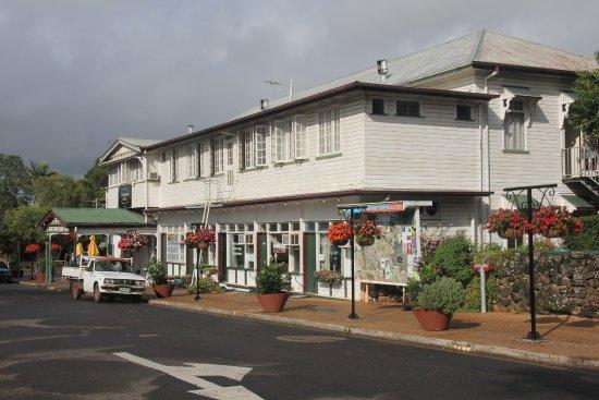 Yungaburra Hotel side view